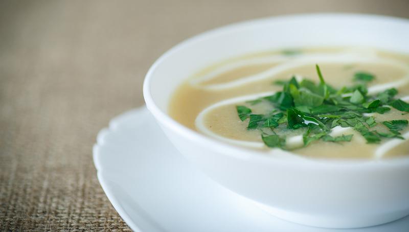 Суп пюре с зеленью и сметаной