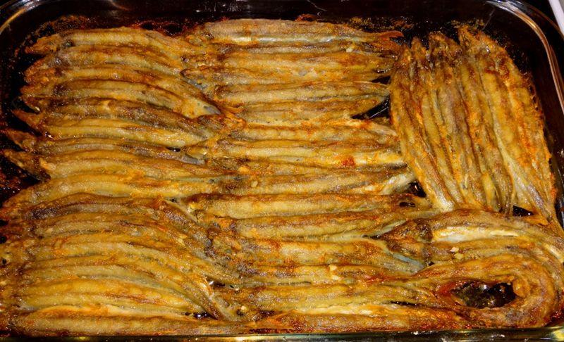 Рыба мойва - калорийность и свойства. Польза и вред мойвы