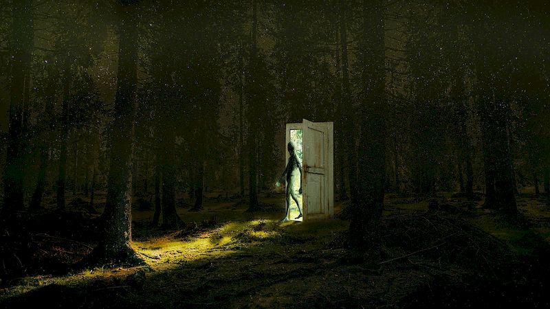 Потустороннее рядом, или почему нельзя спать ногами в сторону двери