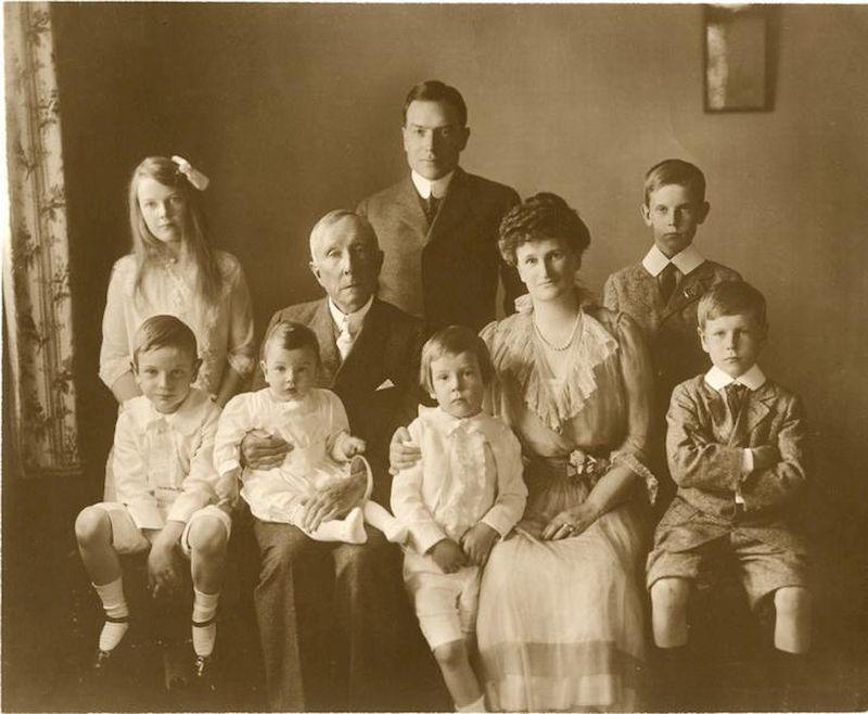 Секреты семьи Рокфеллер для воспитания успешных и честолюбивых детей