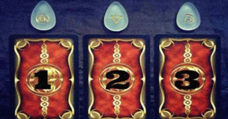 Выберите одну из карт Таро, чтобы получить предсказание на будущее