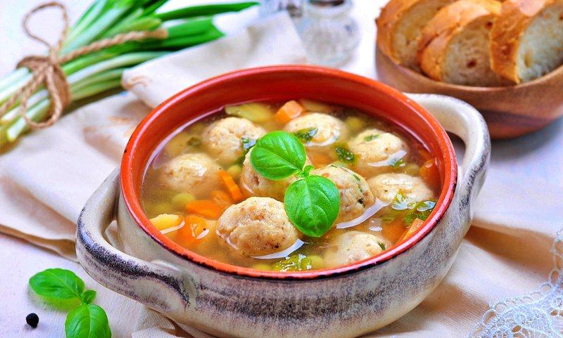 Диетический суп с сырными шариками: готовим кулинарный самородок для гурманов